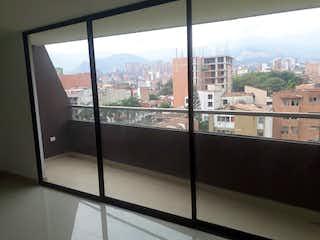 Una vista del horizonte de la ciudad desde una ventana en shalom