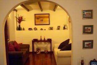 Casa En Venta En Bogota Santa Barbara, Con 3 habitaciones-290mt2