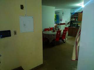 Una habitación que tiene un montón de cosas en ella en  EDIFICIO EL PARQUE