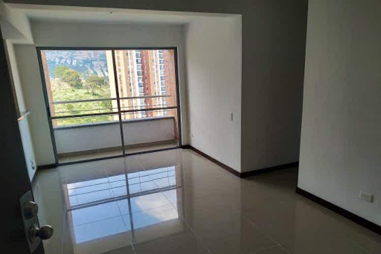 Portada Apartamento en venta en Calasanz de tres habitaciones