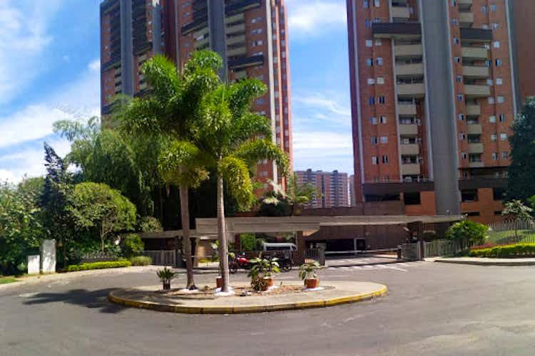 Portada Apartamento en venta en Suramerica de tres alcobas
