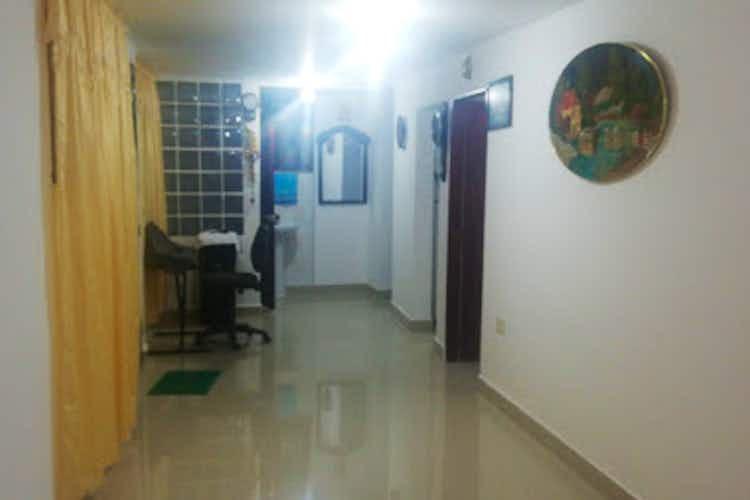 Portada Apartamento en Venta Barrio de Jesus, Con 2 habitaciones-66mt2