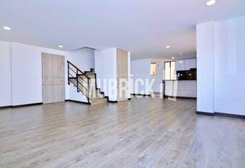 Apartamento en venta en Caobos Salazar con Jardín...