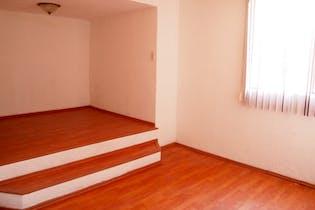 Casa en venta en Lomas De Atizapan de 110mts2, dos niveles