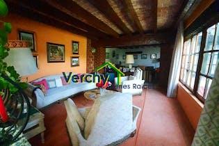 Casa en venta en Ampliación Alpes de 487 mts2
