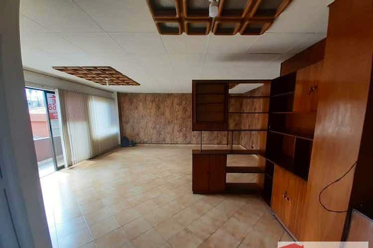 Portada Apartamento en venta en Mesa de tres habitaciones