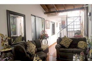 Casa bifamiliar en Mesa de cuatro habitaciones