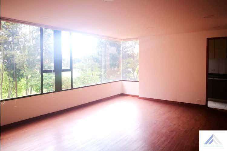 Portada Venta de apartamento en Barrio La Carolina, Con 3 habitaciones-149mt2