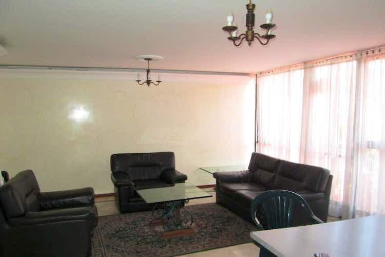 Portada Apartamento en venta en La Alhambra de tres habitaciones