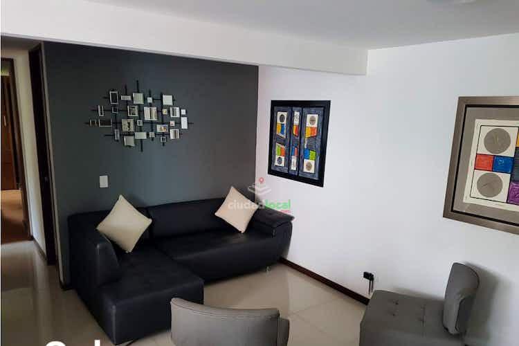 Portada Apartamento en vente a en Loma de Cumbres de tres habitaciones