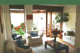 Vendo de Casa en Usaquén, Santa Bárbara Central. Con 4 habitaciones-180mt2