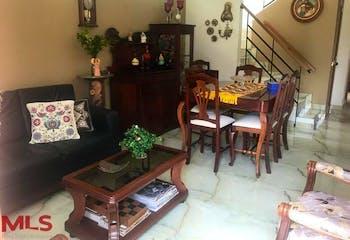 Casa en venta en La Ceja de 126mts2, dos niveles
