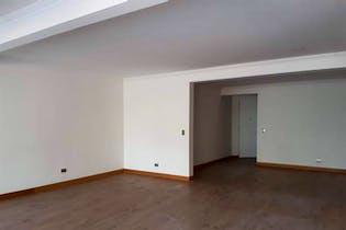 Apartamento en venta en La Aguacatala de 217 mt2. con 2 terrazas
