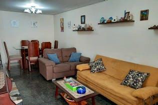 Casa en venta en Barrio Modelia de 5 hab.