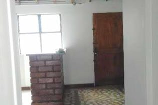 Apartamento en venta en los Los Naranjos de 2 habitaciones