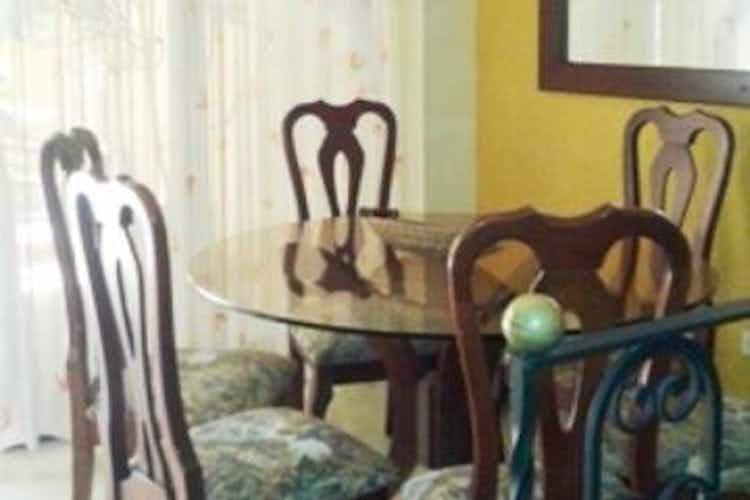 Portada Casa en venta en El Carmelo con 2 Patio.