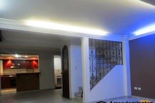 Casa en venta en El Porvenir de 3 hab. con Balcón...