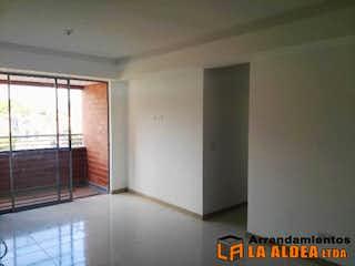 Un cuarto de baño con un inodoro y una ducha en Apartamento Para Venta en Santa Maria, Itagui. Con 3 habitaciones-70mt2