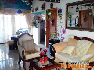 Una sala de estar llena de muebles y decoración en Casa Para Venta en El Rosario, Con 2 habitaciones-84mt2