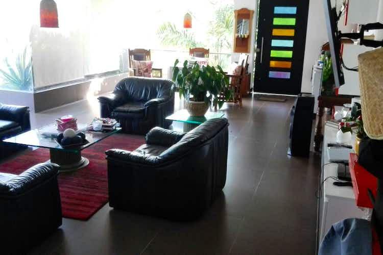 Portada Casa en venta en Loma del Escobero de 3 Habitaciones.