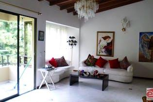 Apartamento en venta en Loma de Benedictinos con 4 Habitaciones.