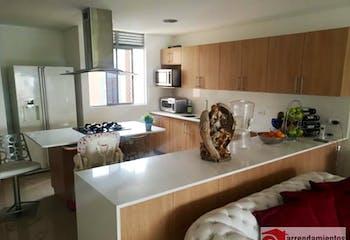Apartamento en venta en Loma De Benedictinos con Zonas húmedas...
