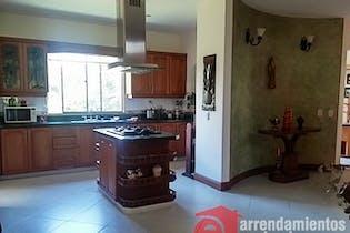 Casa en venta en El Esmeraldal de 4 hab. con Balcón...