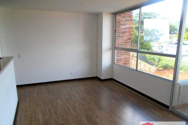 Portada Apartamento en venta en El Esmeraldal con Balcón.
