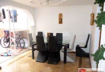 Casa en venta en El Portal de 158m² con Piscina...