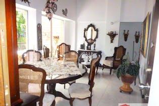 Apartamento en venta en Loma del Escobero con 3 habitaciones.