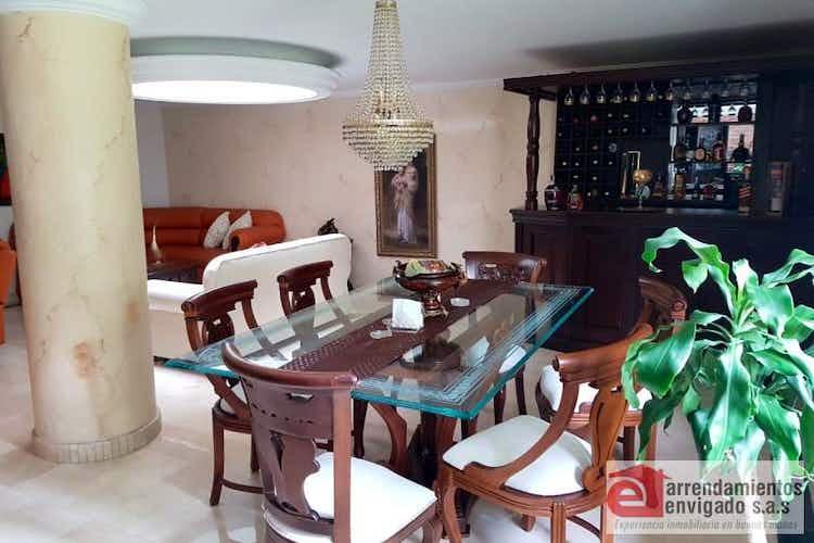 Portada Casa en venta en Loma del Escobero de 256mtrs2