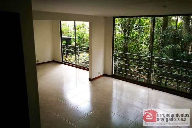 Portada Apartamento Duplex en venta en Loma del Atravezado con chimenea