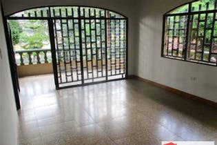Casa en venta en Alcalá de 4 Habitaciones-198m2.
