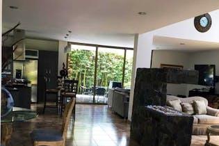 Casa en venta en La Estrella de 400 mts2 Duplex