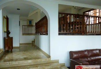 Casa en venta en Loma del Chocho de 2400 mt con balcón