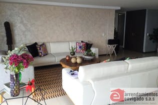 Apartamento en venta en el Esmeraldal de 212 mt con balcón