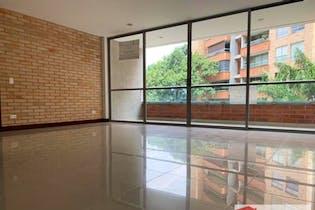 Apartamento en venta en Loma de Cumbres de tres habitaciones