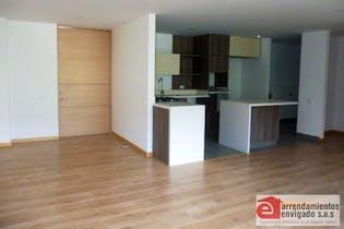 Apartamento en venta en Loma Del Escobero con acceso a Piscina