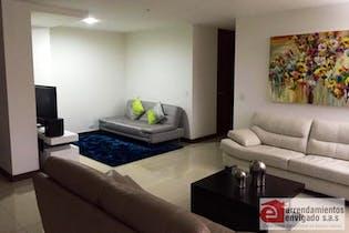 Apartamento en venta en Los Balsos de 130m² con Piscina...