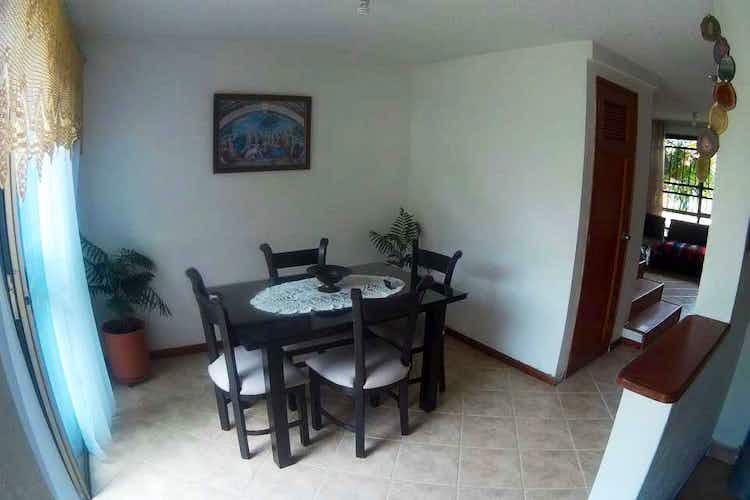 Portada Casa en venta en Las Antillas con Patio.
