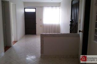Apartamento en venta en El Carmelo de 4 hab. con Balcón...