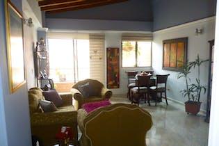 Apartamento en venta en La Magnolia con Balcón...