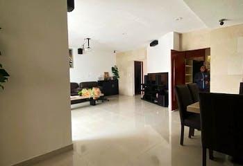 Casa en venta en Jardines del Ajusco de 4 Recámaras