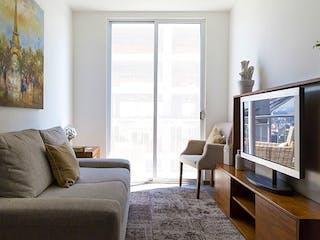 Una sala de estar llena de muebles y una televisión de pantalla plana en ENKSA Azcapotzalco