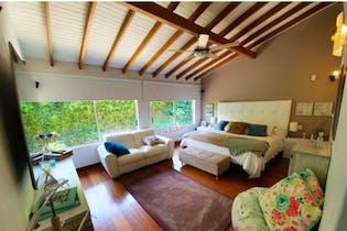 Casa en venta en El Poblado de 452m² con Jardín...