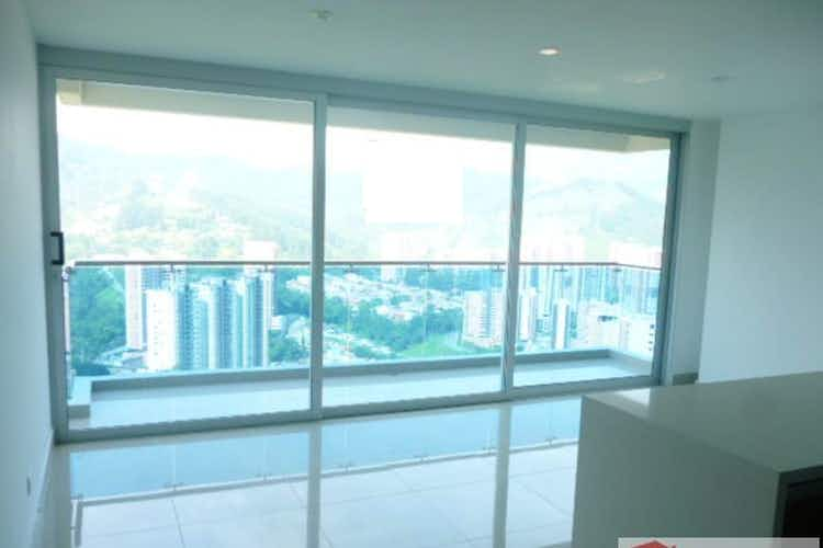 Portada Apartamento en venta en Las Lomitas de 83 mt2. con balcón