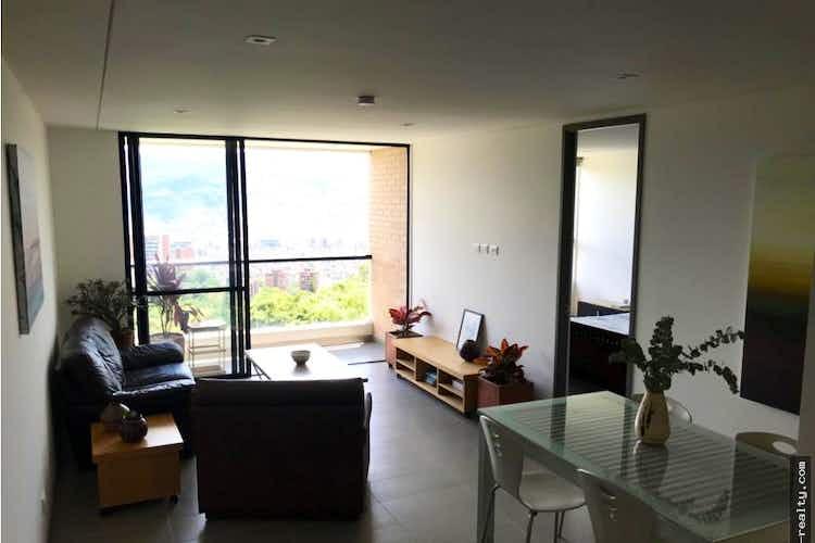 Portada apartamento en venta Loma de Las Brujas de 69 mtrs2 con balcón