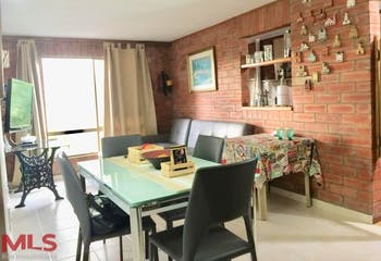Apartamento en La Tomatera, Poblado - 78mt, tres alcobas