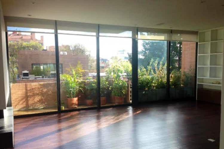 Portada Apartamento en venta en La Cabrera de 214 mts2 con terraza