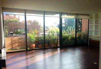 Apartamento en venta en La Cabrera de 214 mts2 con terraza
